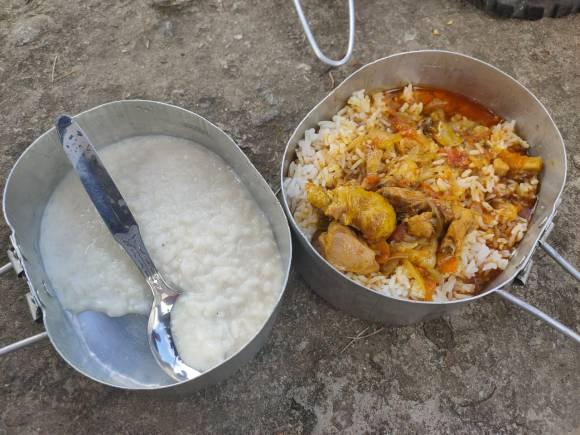 Food_at_Base-Camp_Porridge_Rice_and_Chicken